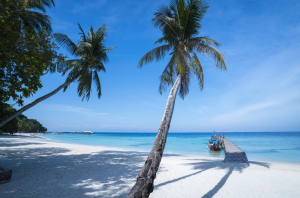 lang tengah island beach